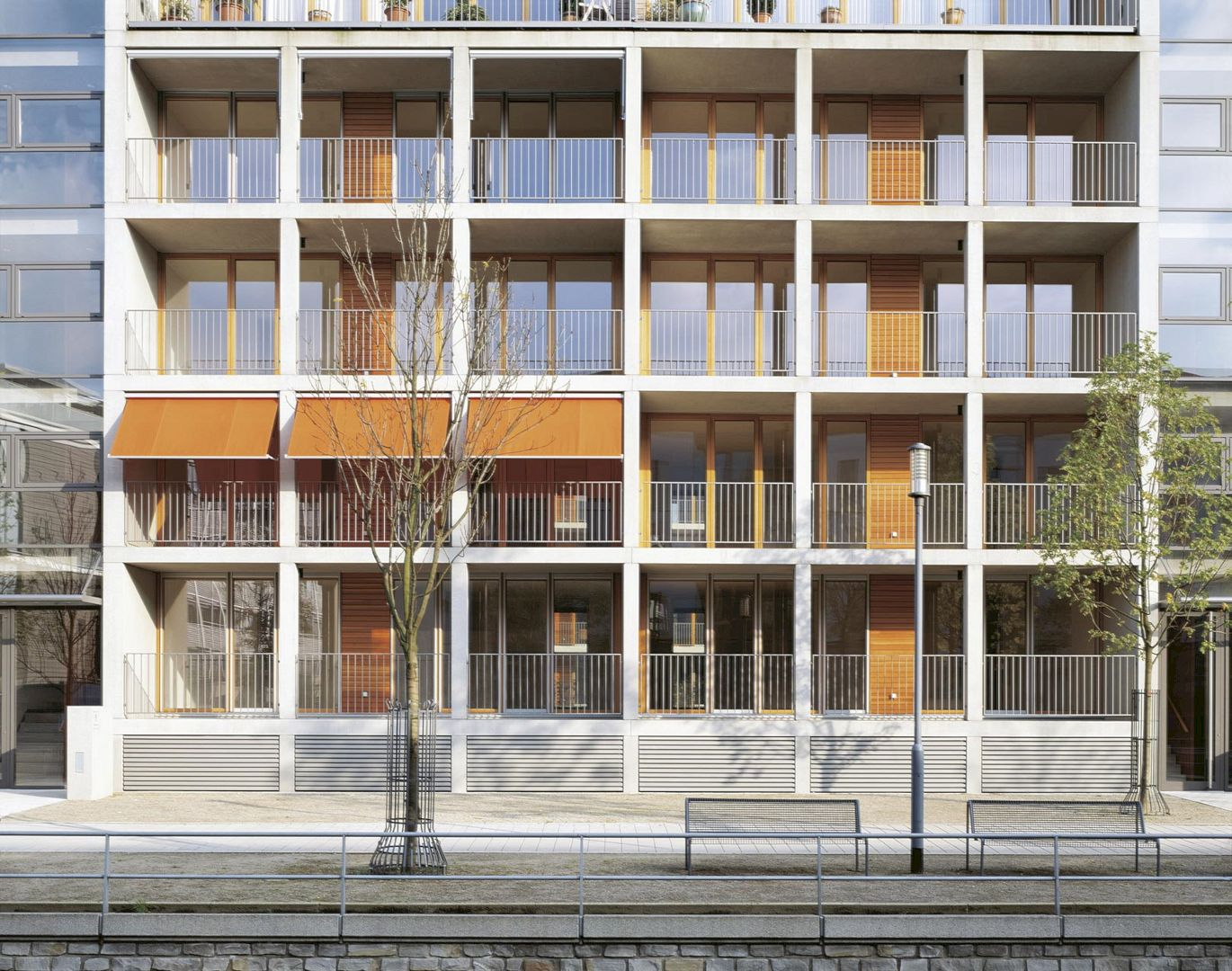 Residential Buildings Inner Harbour By Ingenhoven Architects 1