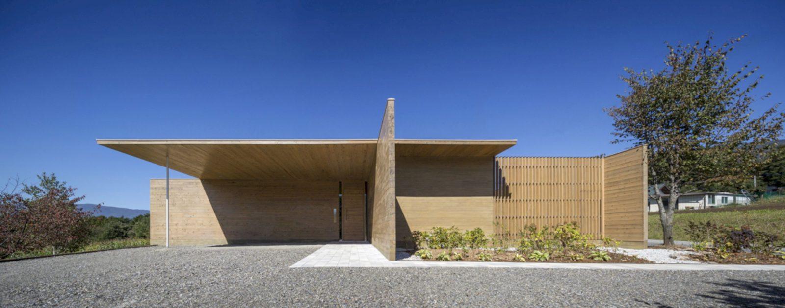 Solid Cedar House By Shigeru Ban Architects 3