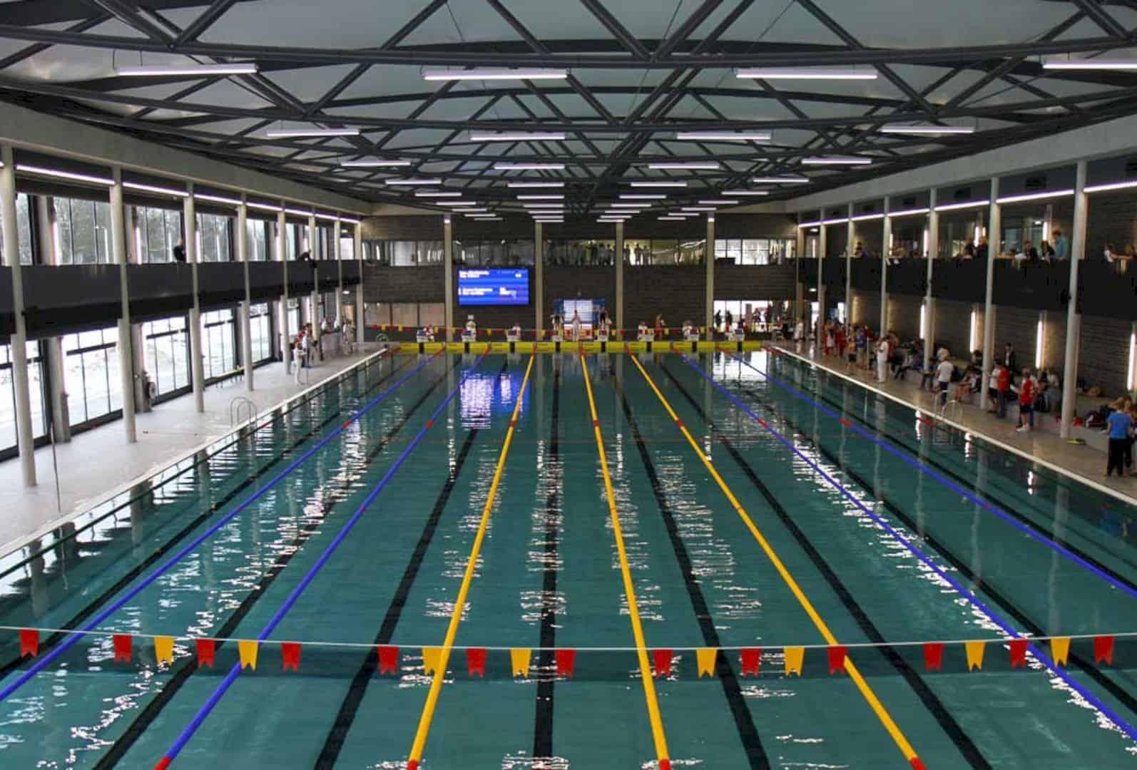 Swimming Pool De Krommerijn Utrecht By Jeanne Dekkers Architectuur 10