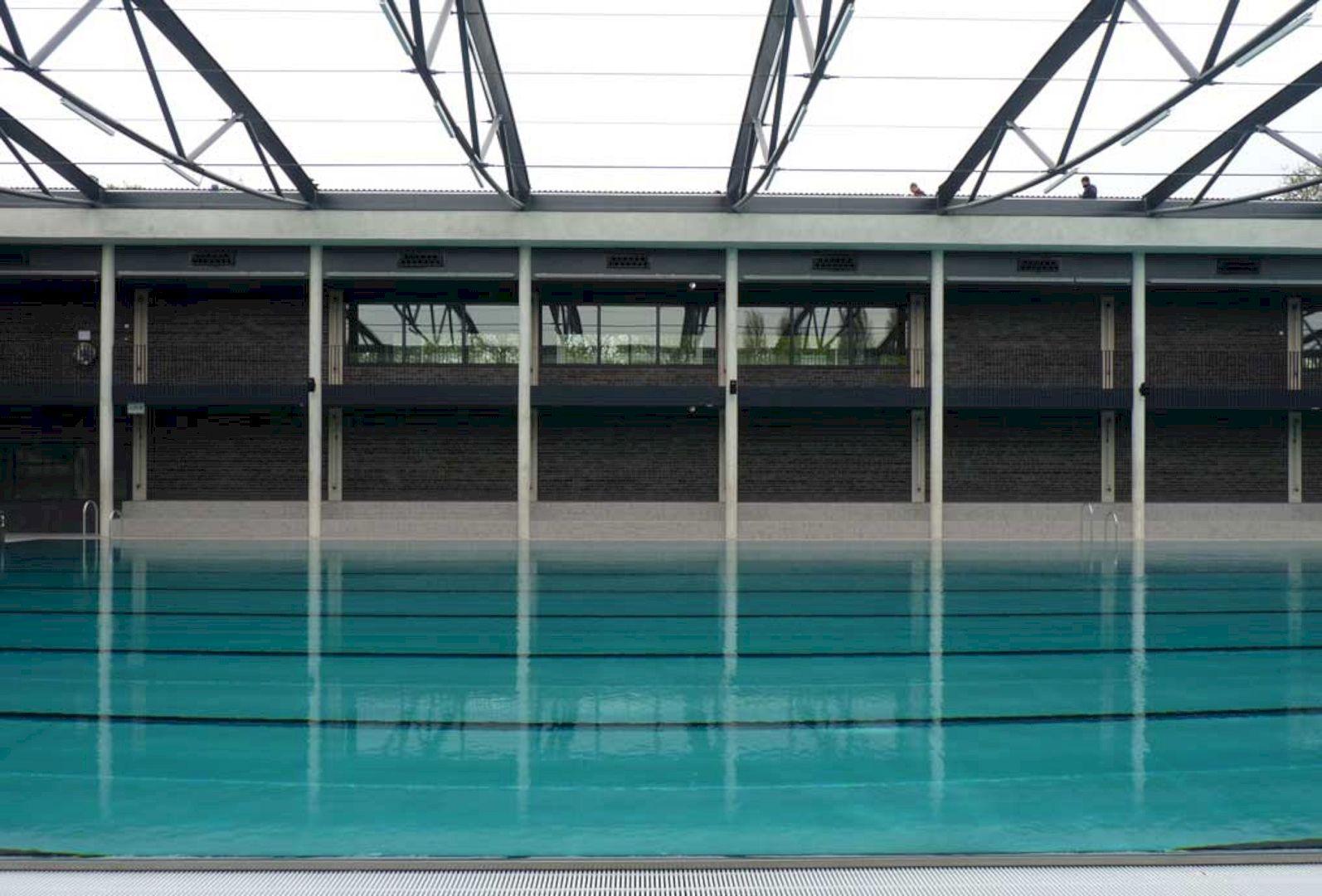 Swimming Pool De Krommerijn Utrecht By Jeanne Dekkers Architectuur 2
