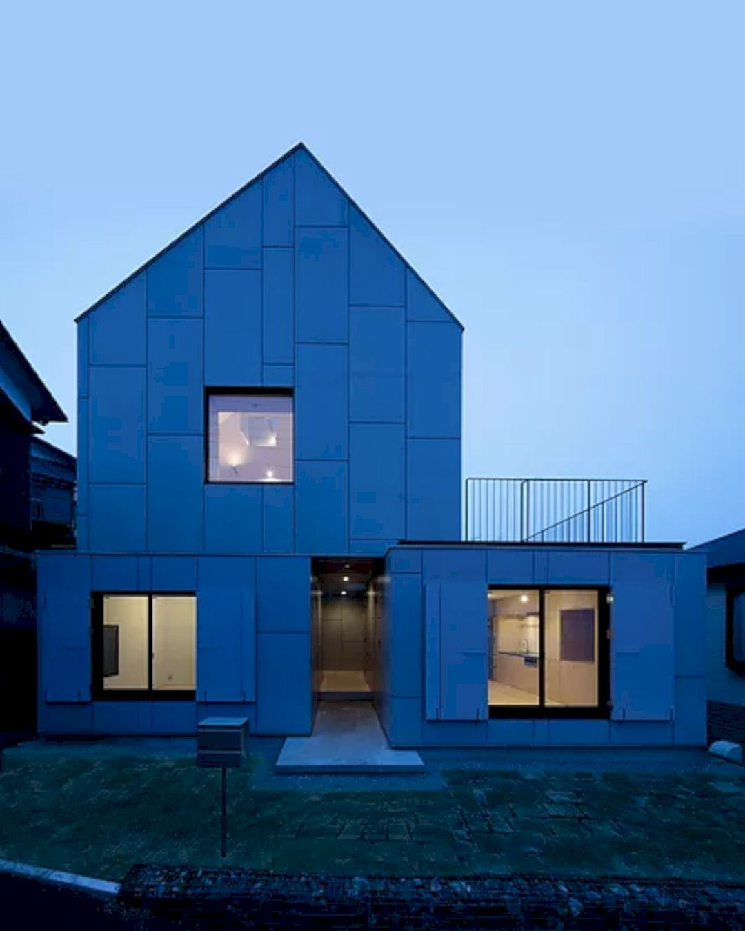 YKH House By ISSHOArchitects 4