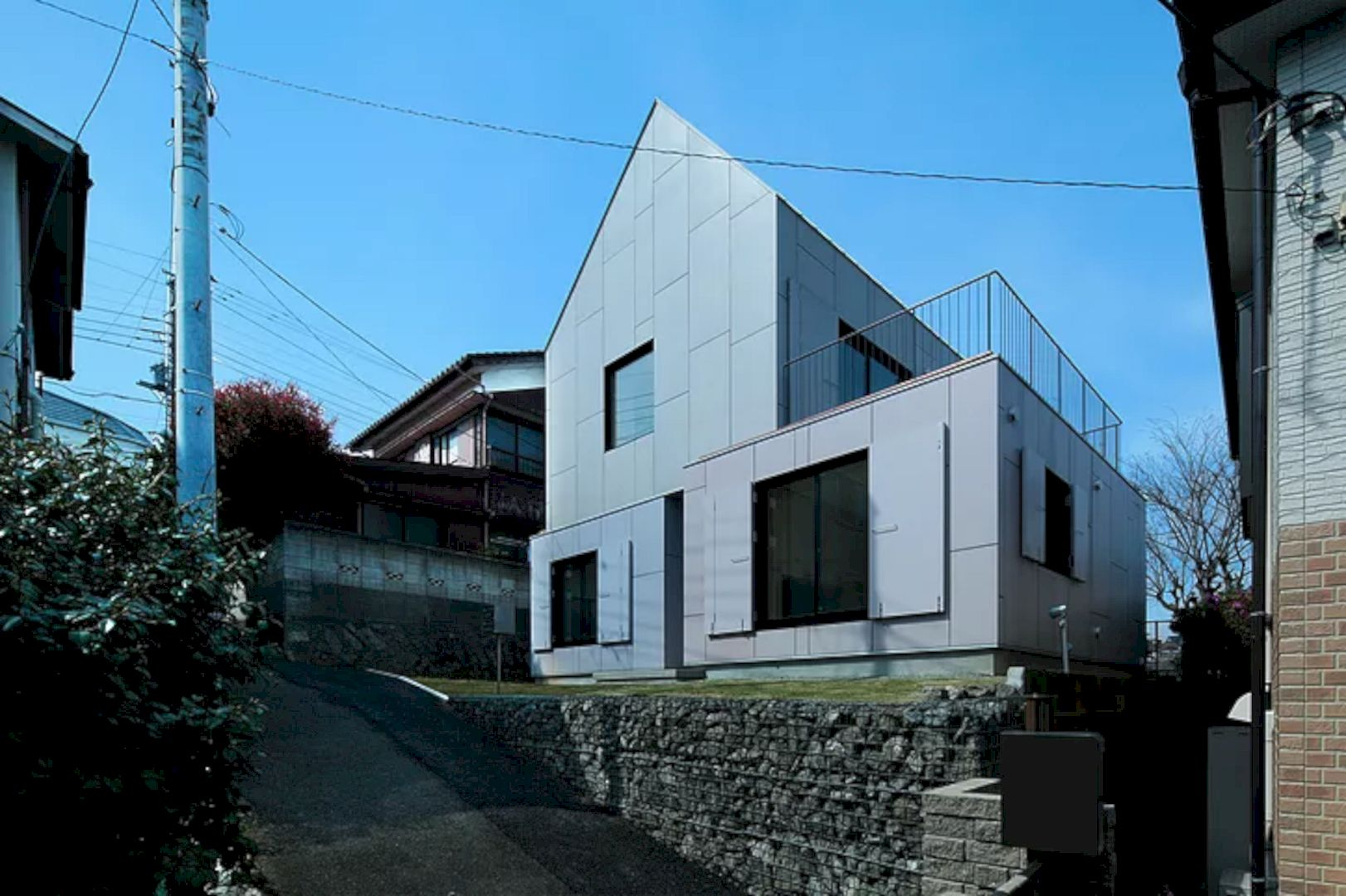 YKH House By ISSHOArchitects 6