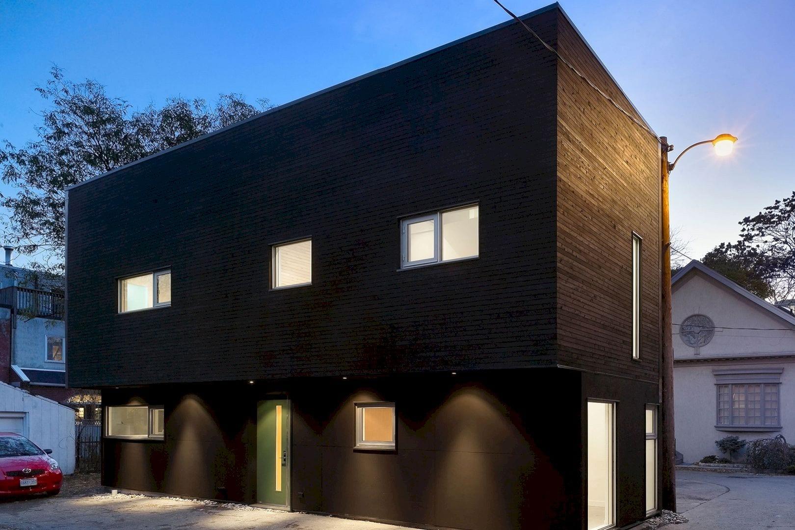 40R Laneway House By Superkul 1