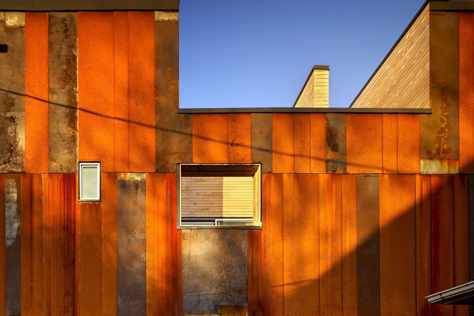 40R Laneway House By Superkul 4