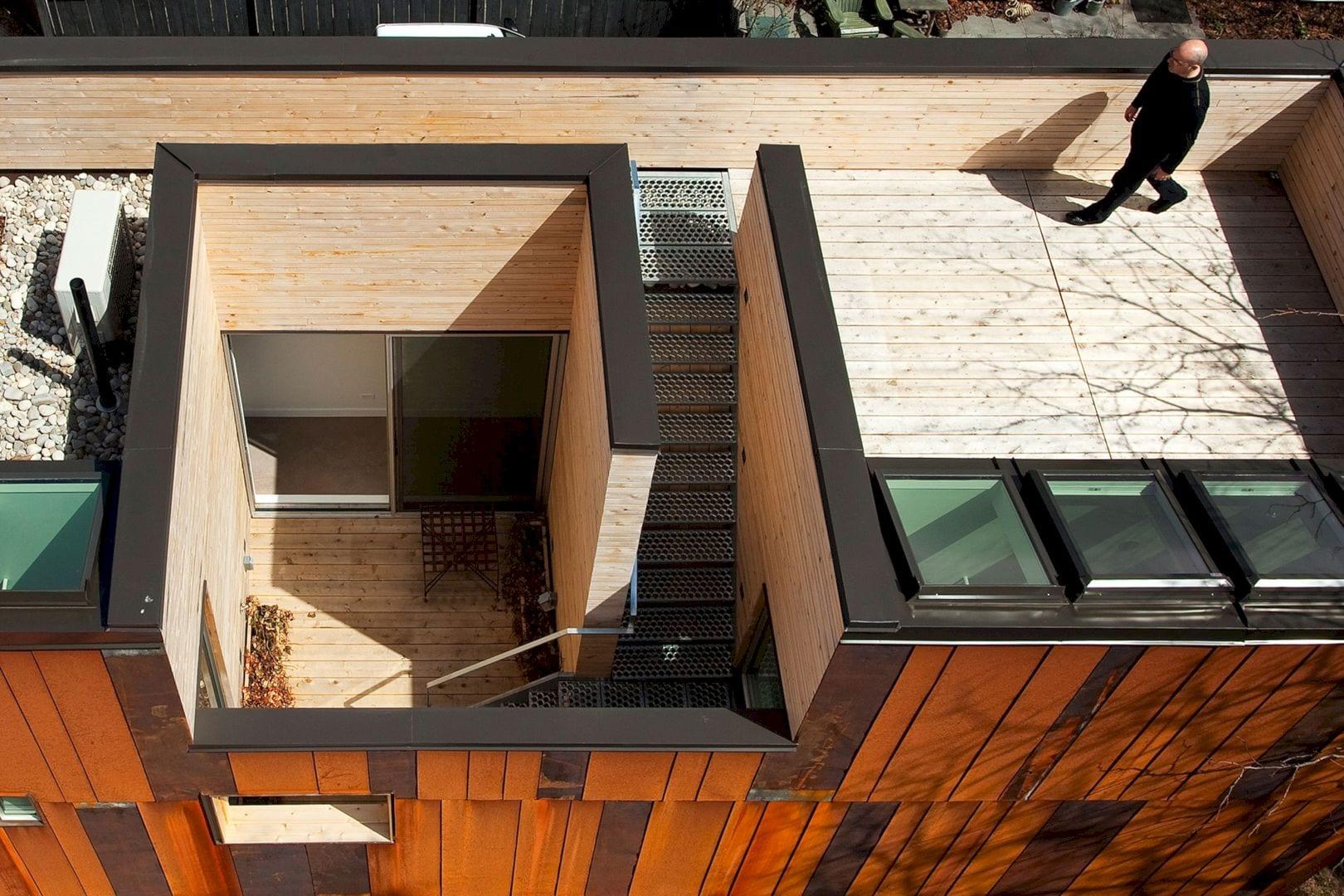 40R Laneway House By Superkul 8