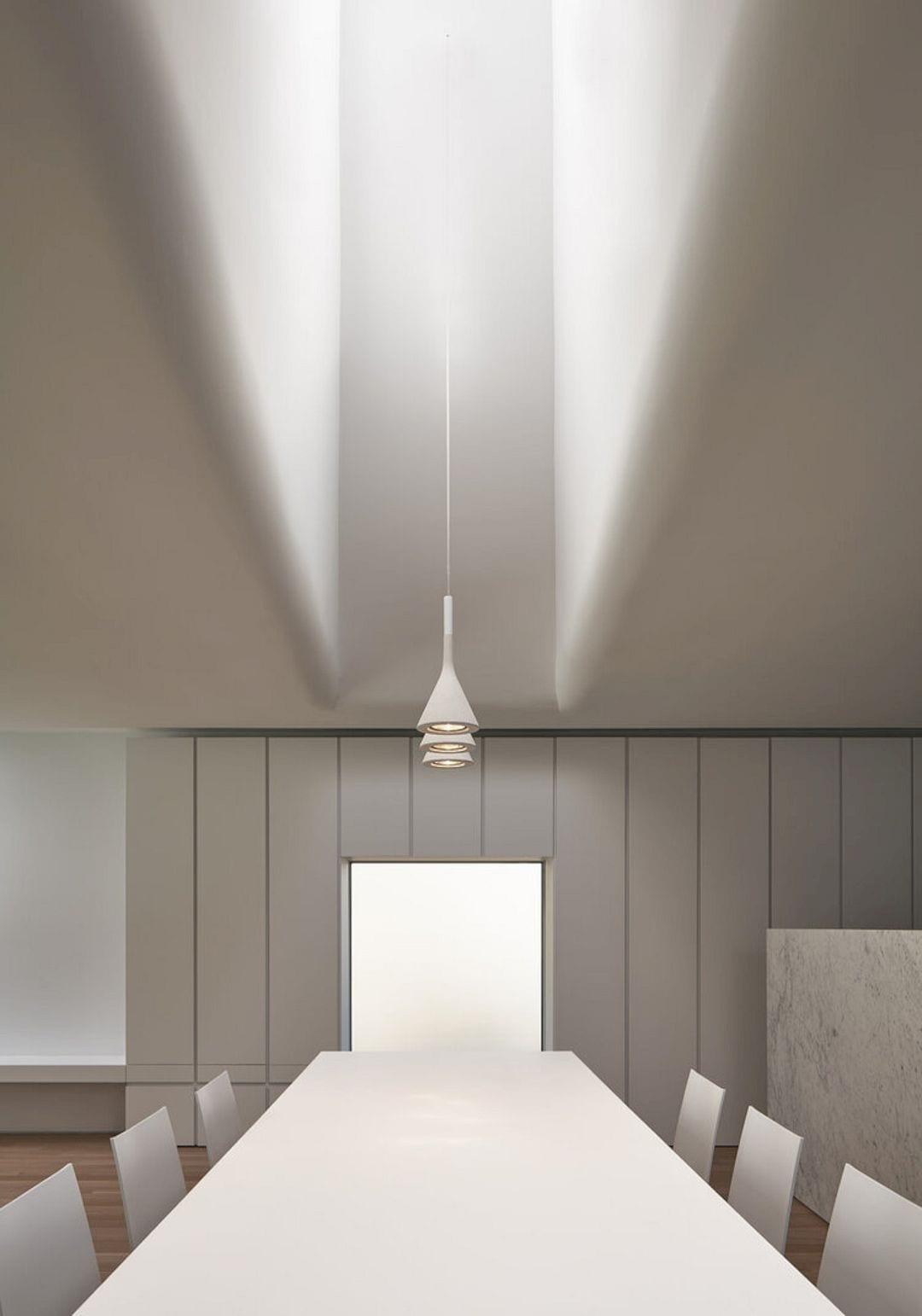 Wrap House By KOHN SHNIER Architects 3