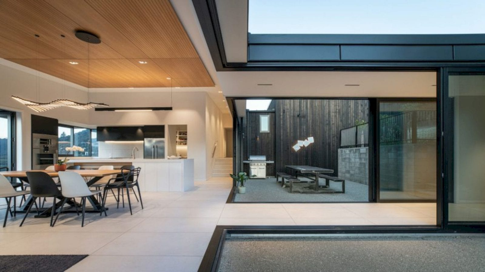 Hidden Hills Retreat By Condon Scott Architects 2