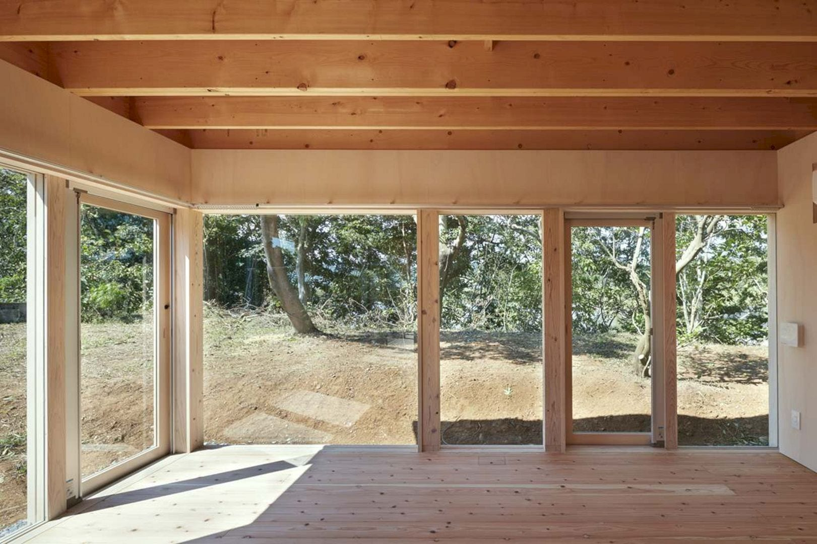 Slope Of Red Soil By Takao Shiotsuka Atelier 19
