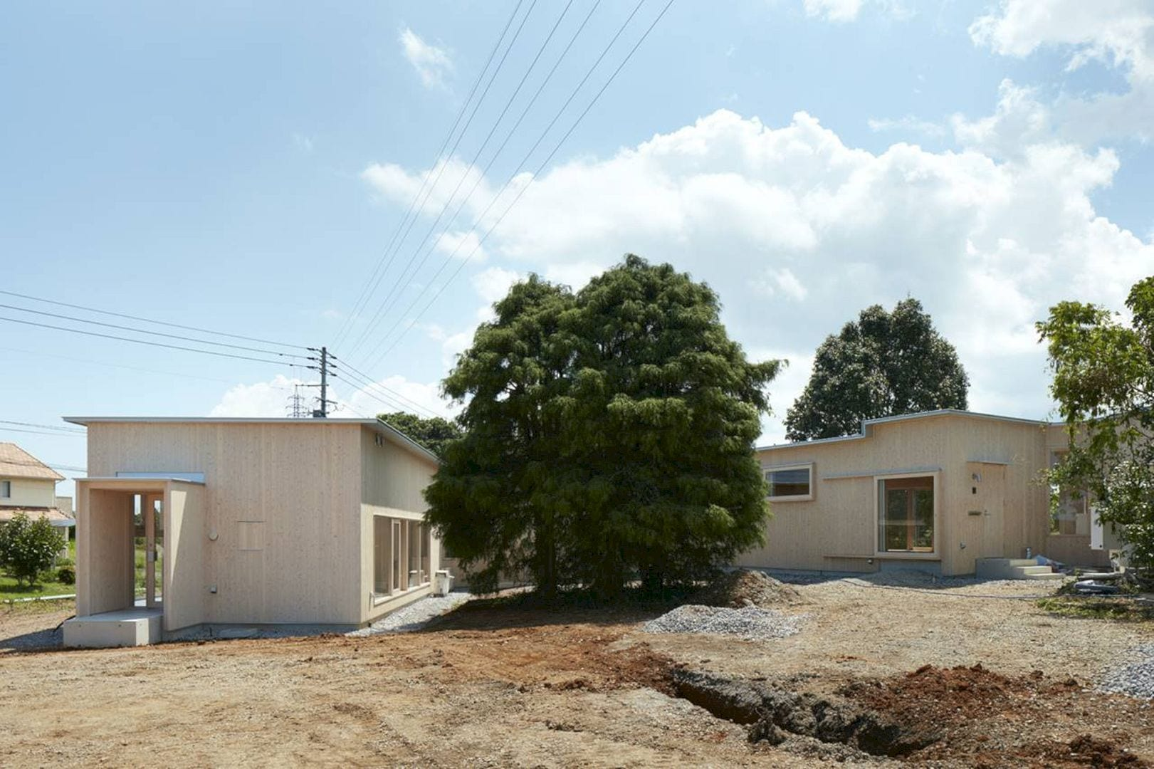 Slope Of Red Soil By Takao Shiotsuka Atelier 7