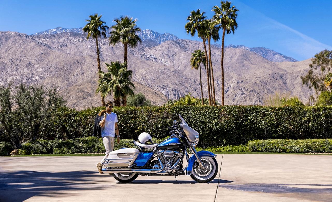 Harley Davidson Electra Glide Revival 6